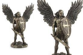 figuras de arcangeles de resina